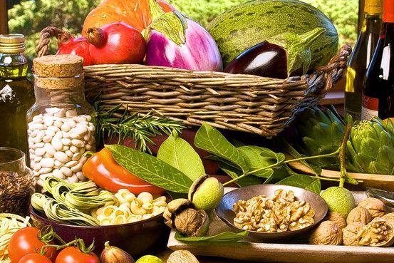 Η μεσογειακή διατροφή μας χαρίζει 15 επιπλέον χρόνια ζωής | tovima.gr