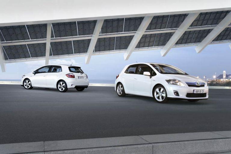 Toyota Auris HSD | tovima.gr