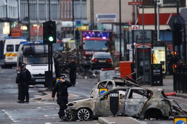 Βρετανία: Αναγνώριση υπόπτων μέσω smartphone προωθεί η αστυνομία | tovima.gr