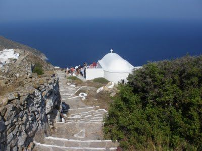 Η Παναγία η Παντοχαρά του Ελύτη στη Σίκινο | tovima.gr
