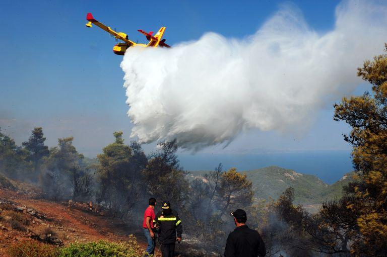 Υπό έλεγχο πυρκαγιές σε Ρέθυμνο και Αιτωλοακαρνανία | tovima.gr
