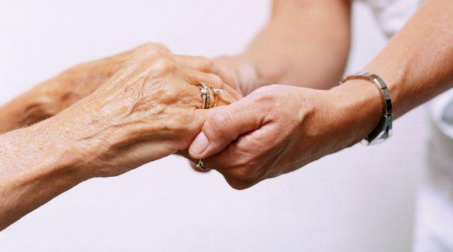 Ο ΦΠΑ εκτίναξε τα νοσήλια σε μονάδες ηλικιωμένων και ψυχιατρικές | tovima.gr
