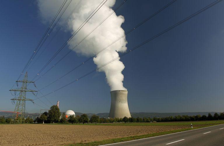 Ελβετία: Κλείνουν οι πυρηνικοί σταθμοί μέχρι το 2034   tovima.gr