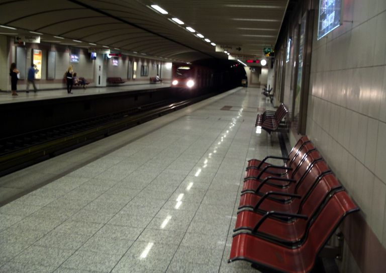 Βρήκαν βόμβα σε βαγόνι στον σταθμό του μετρό στο Αιγάλεω | tovima.gr