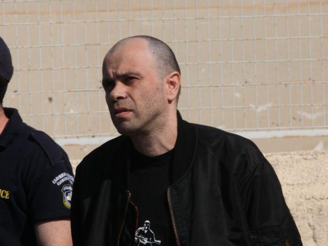 Η απάντηση των «Πυρήνων» στον τραυματισμένο Μαζιώτη για «μεγαλομανία» και «παράκρουση»   tovima.gr