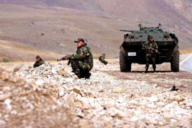Νεκροί τρεις τούρκοι στρατιώτες σε μάχες με κούρδους αντάρτες | tovima.gr