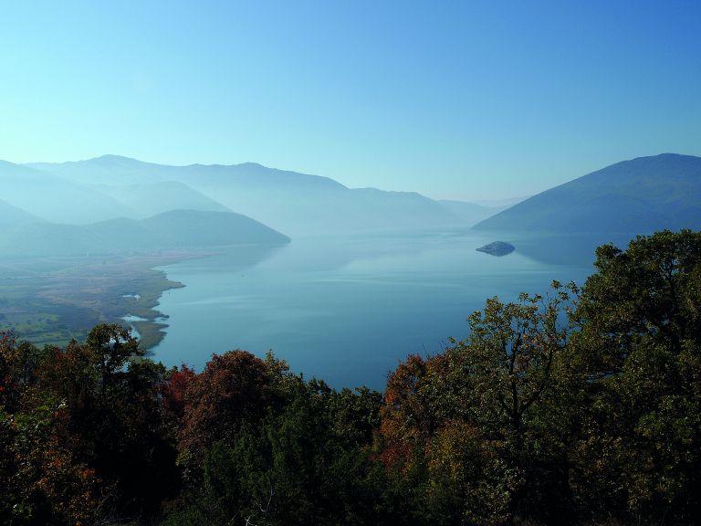 Συγκοινωνούντα τοπία | tovima.gr