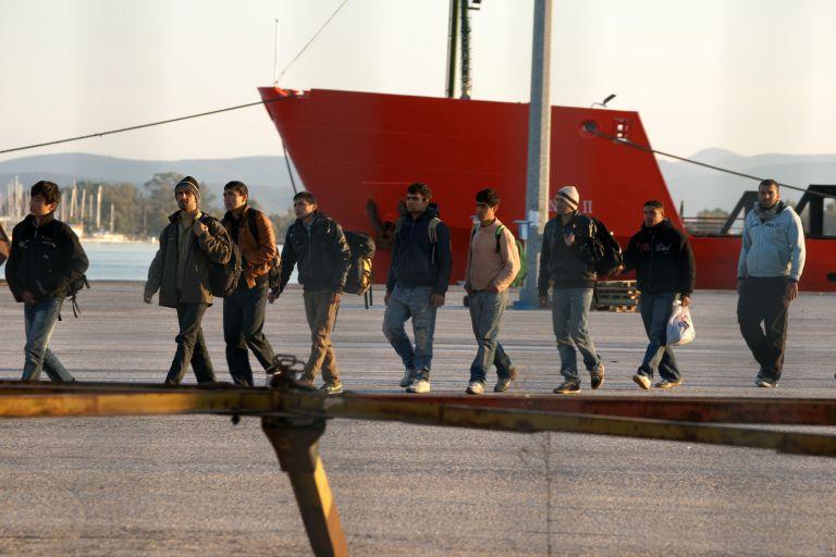 Ζητούν τον επαναπατρισμό τους 8.800 μετανάστες | tovima.gr