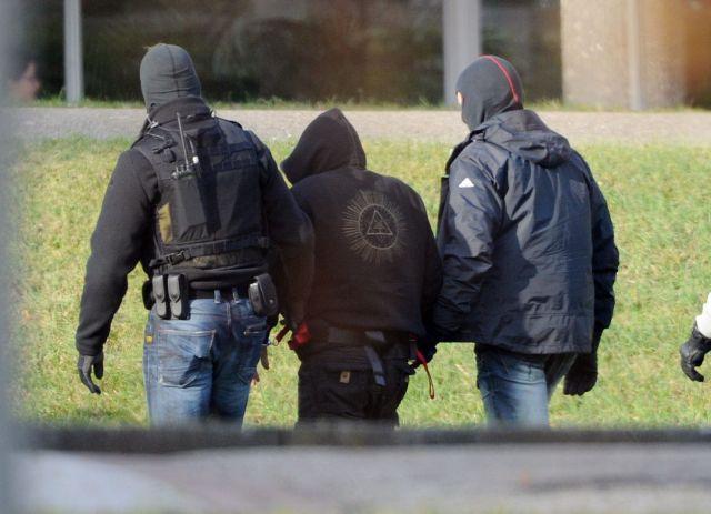 Σκάνδαλο συνεργασίας ναζί – μυστικών υπηρεσιών κλονίζει τη Γερμανία   tovima.gr