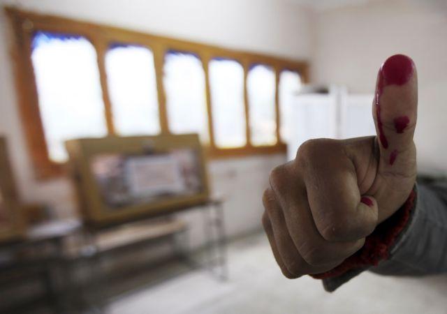 Ρόμπερτ Φισκ: «Αιγυπτιακή δημοκρατία, πολύ καλή για να είναι αληθινή»   tovima.gr