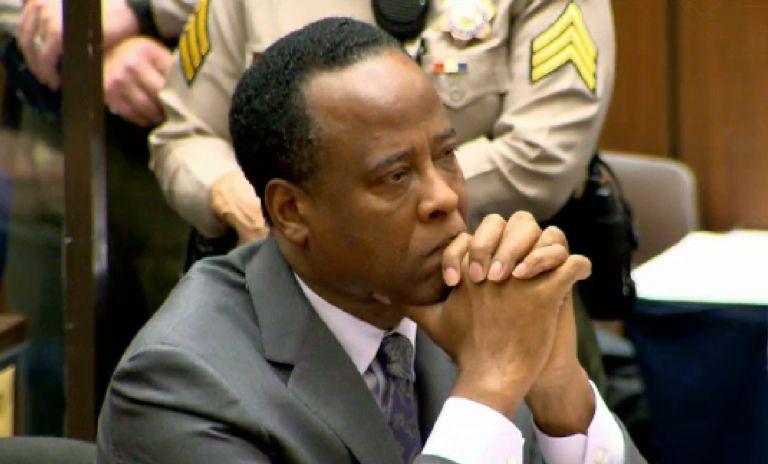 4ετής κάθειρξη για τον ιατρό του Μάικλ Τζάκσον | tovima.gr