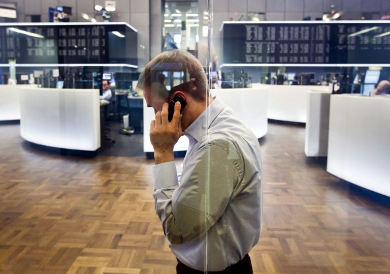 Bloomberg: Η ρήτρα περί ΑΕΠ φέρνει πιο κοντά τη συμφωνία για το PSI | tovima.gr