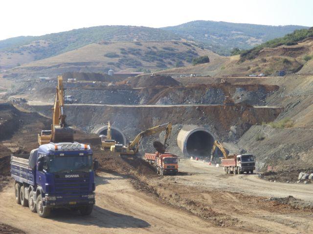 ΕΡΓΟΣΕ: Τον Δεκέμβριο του 2014 η ολοκλήρωση της σήραγγας της Όθρυος | tovima.gr