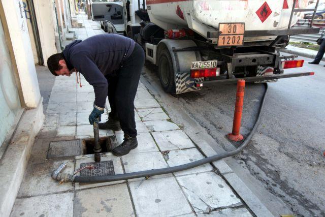 Νόθευαν πετρέλαιο ναυτιλίας και το μετέτρεπαν σε θέρμανσης και κίνησης | tovima.gr