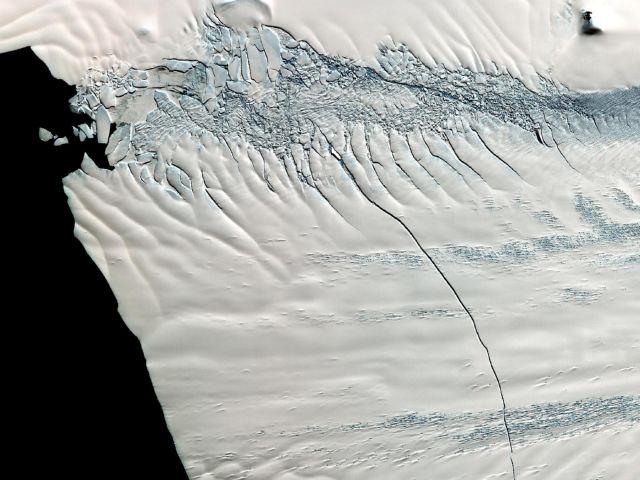 Ενα παγόβουνο γεννιέται στην Ανταρκτική | tovima.gr