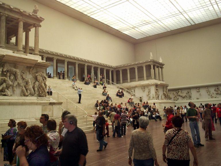 Χωρίς το Μουσείο της Περγάμου το Βερολίνο λόγω ανακαίνισης | tovima.gr