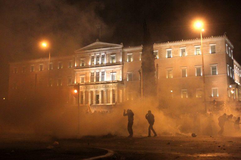 Παραβίαση των ανθρωπίνων δικαιωμάτων η χρήση δακρυγόνων | tovima.gr