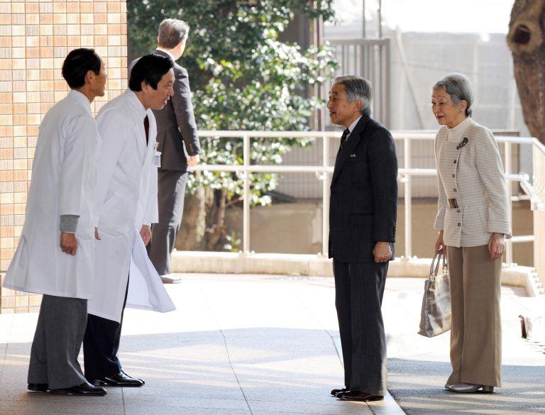 Ιαπωνία: Ο αυτοκράτορας εισήχθη στο νοσοκομείο για επέμβαση καρδιάς | tovima.gr
