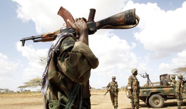 Σομαλία: Βόμβες και έφοδος ισλαμιστών στο υπουργείο Παιδείας | tovima.gr