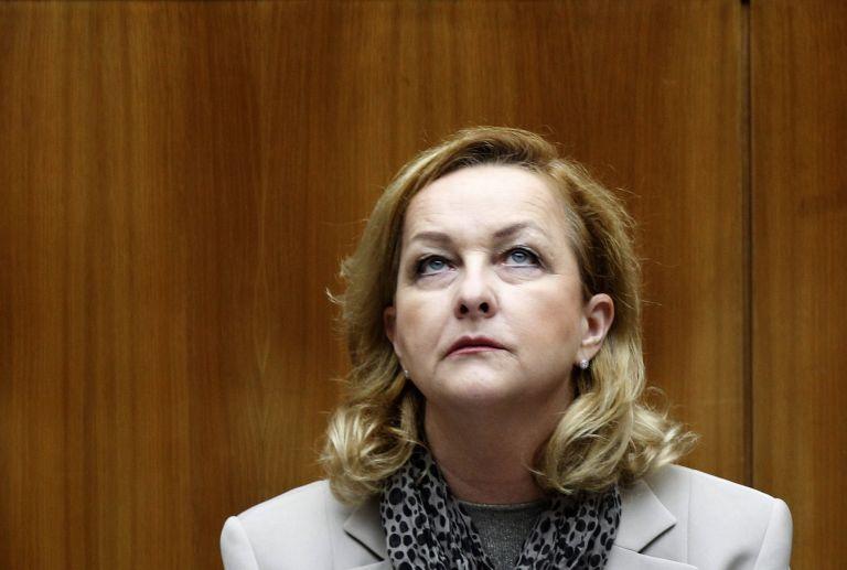 Μαρία Φέκτερ: «Τίποτε δεν προχωρεί στην Ελλάδα» | tovima.gr