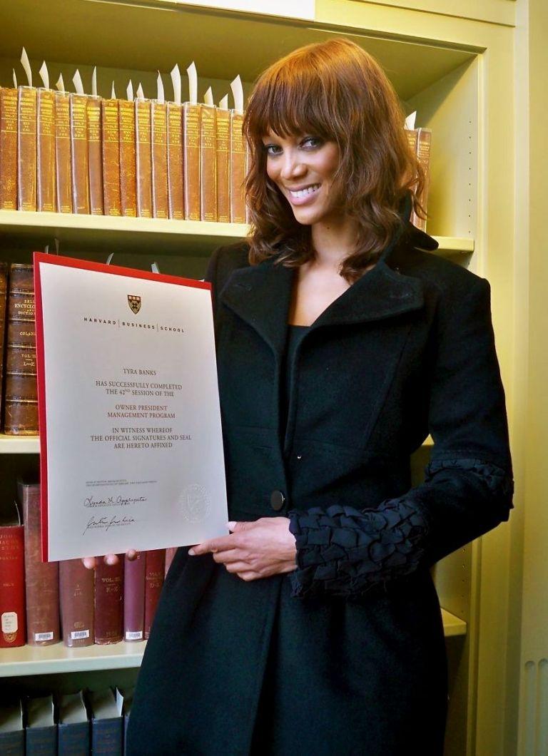 Τάιρα Μπανκς: είναι πλέον απόφοιτος του Χάρβαρντ | tovima.gr
