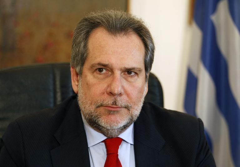 Χρ.Παπουτσής: Τα προσόντα τον έφεραν στην Παγκόσμια Τράπεζα | tovima.gr