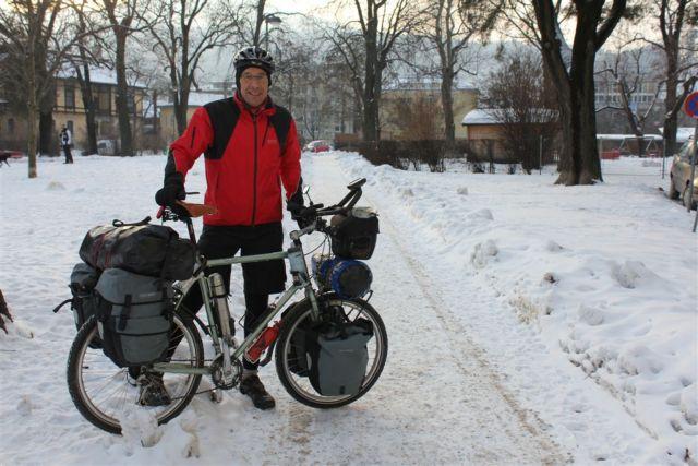 Ποδηλατώντας για την τέχνη και τα… μικρόβια | tovima.gr