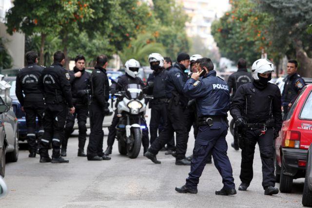 Εκατοντάδες όπλα από την Ευρώπη στη «γιάφκα» της Λούτσας   tovima.gr