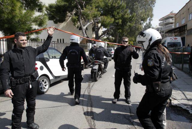 Αίσιο τέλος για 54χρονη που απειλούσε να αυτοκτονήσει | tovima.gr