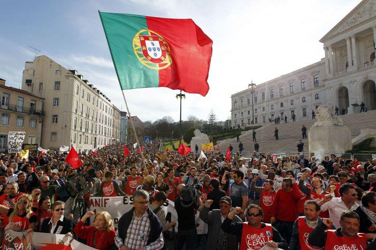 Πορτογαλία: Θα υπερβεί τον φετεινό στόχο το έλλειμμα του προϋπολογισμού | tovima.gr