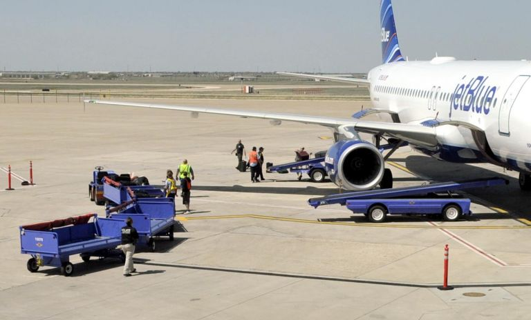Τέξας: Αναγκαστική προσγείωση λόγω νευρικού κλονισμού του πιλότου | tovima.gr