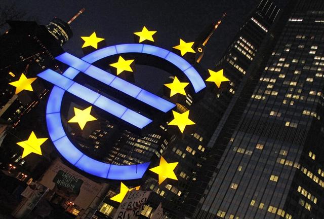 190 ευρώ κέρδισε κάθε Ελληνας από τη συμμετοχή στην ευρωζώνη | tovima.gr