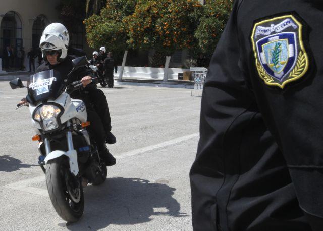 Στους δρόμους επιπλέον αστυνομικοί με μετατάξεις 625 υπαλλήλων | tovima.gr