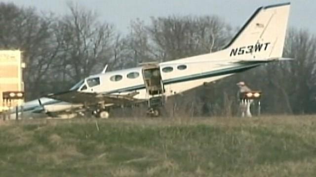 ΗΠΑ: Αναγκαστική προσγείωση αεροπλάνου από 80χρονη | tovima.gr