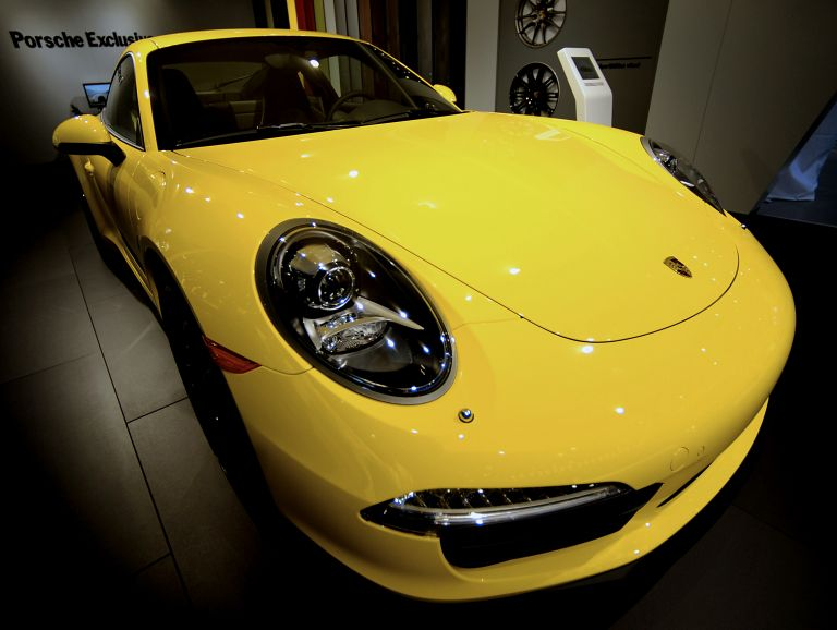 Κέρδος 2 δισ. ευρώ για την Porsche | tovima.gr