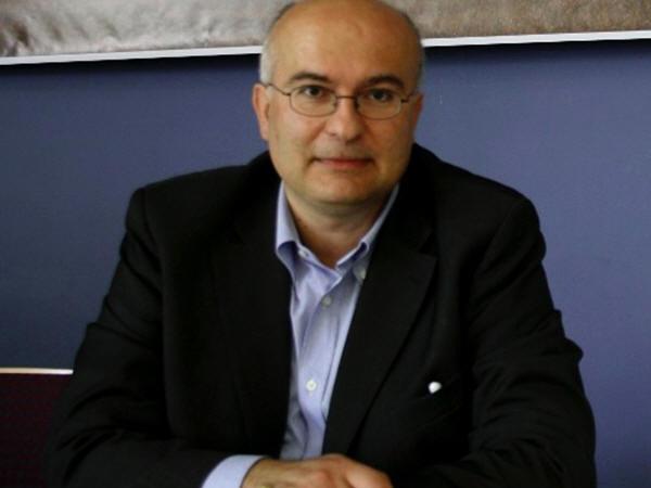 Κώστας Δημητρίου: «Με νόμο της κ. Γεννηματά, τα ελληνικά σχολεία θα σταματήσουν να παίρνουν μαθητές»   tovima.gr