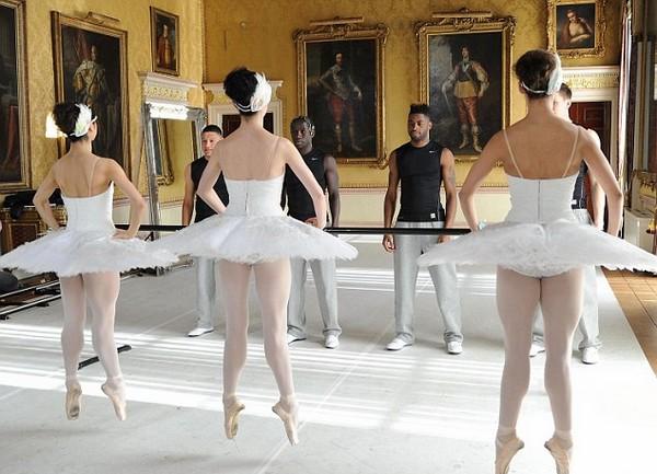 Στην Αρσεναλ ξέρουν από μπαλέτο [βίντεο] | tovima.gr