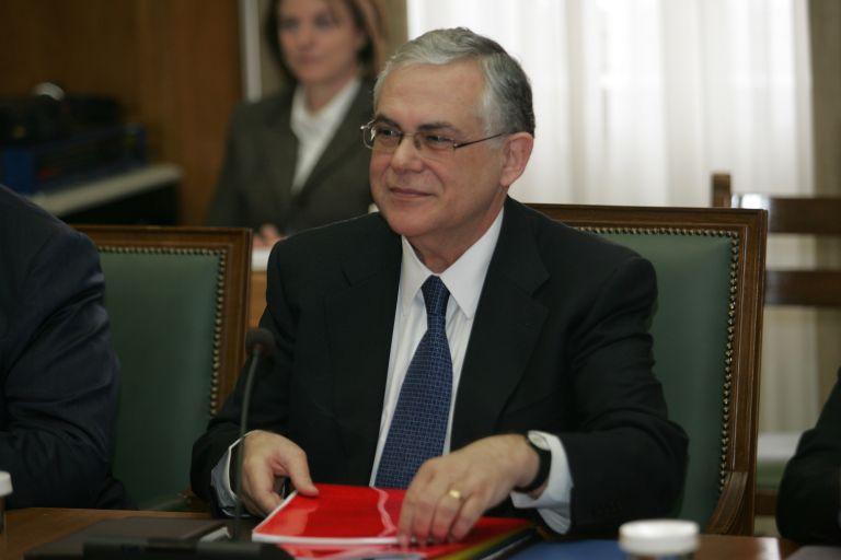 Λ.Παπαδήμος:Οικονομική και πολιτική ενοποίηση για την απασχόληση | tovima.gr