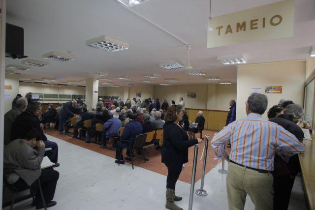Βουλιάζει στα χρέη ο ΕΟΠΥΥ | tovima.gr