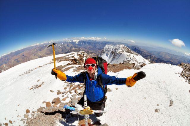 Αναζητώντας ένα εκατομμύριο στερλίνες στην κορυφή του Έβερεστ | tovima.gr