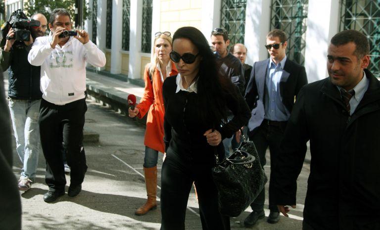 Ενώπιον του ανακριτή η σύζυγος του Τσοχατζόπουλου, Βίκυ Σταμάτη | tovima.gr