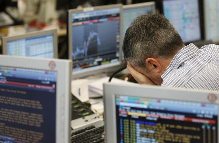 Η υποβάθμιση της Ισπανίας από τη Standard & Poor's σκιάζει τις αγορές | tovima.gr