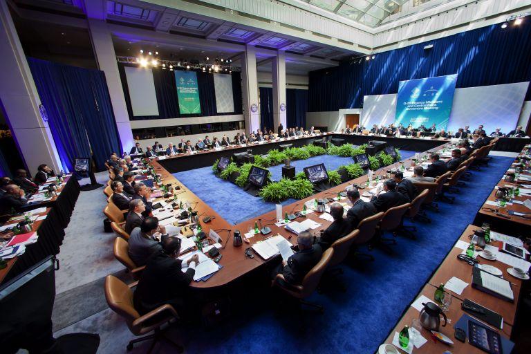 ΔΝΤ: «Παγώνει» η συνεργασία με την Ελλάδα ως τις εκλογές | tovima.gr