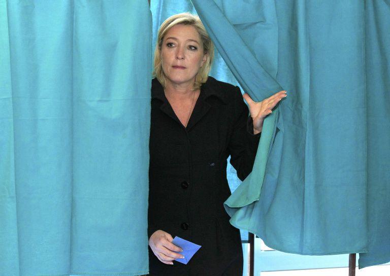Μαρίν Λεπέν: «Θα ψηφίσω λευκό την Κυριακή» | tovima.gr