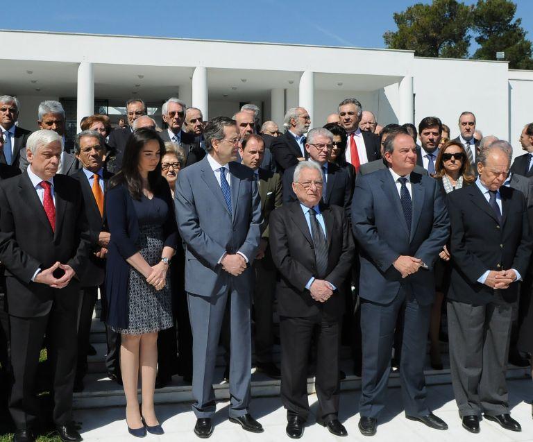 Με προεκλογική δήλωση στηρίζει Σαμαρά ο Καραμανλής | tovima.gr