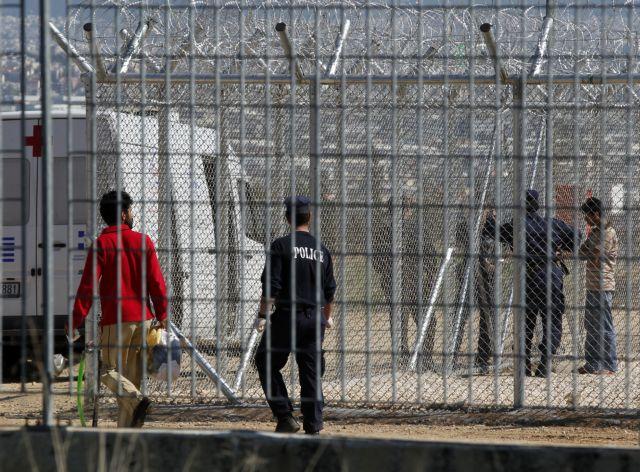 «Στρατόπεδα» για παράνομα εισερχόμενους μετανάστες   tovima.gr