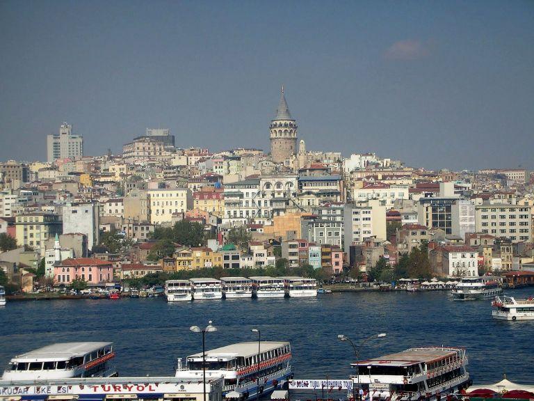 Το πρώτο ελληνικό ραδιόφωνο στην Κωνσταντινούπολη | tovima.gr