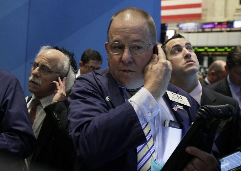 Οι αγορές «καταπίνουν» τον Ολάντ και ανησυχούν για την Ελλάδα | tovima.gr