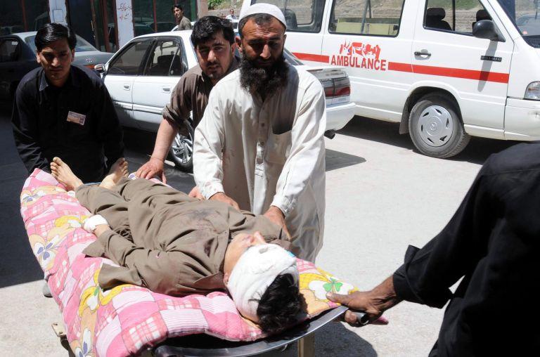 Πακιστάν: 15 άνθρωποι σκοτώθηκαν σε επίθεση αυτοκτονίας | tovima.gr
