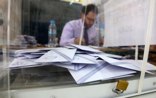 Πρωτιά στον ΣΥΡΙΖΑ δίνει η VPRC, ισοπαλία με ΝΔ βλέπει η Pulse | tovima.gr